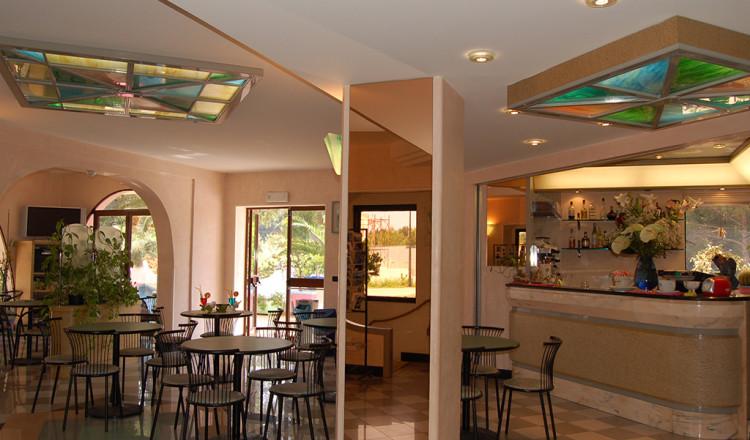 Hall e bar dell'albergo