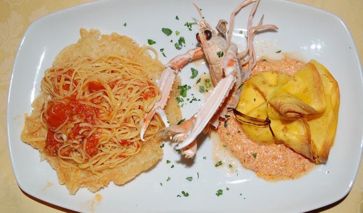 Primo piatto della casa specialità di mare