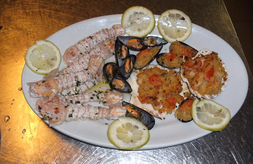 Il ristorante hotel san domino isole tremitihotel san domino isole tremiti - Mare in tavola foggia ...